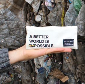 Galería de estilo - Estuche Margo 'A better world is possible' - Ekomodo